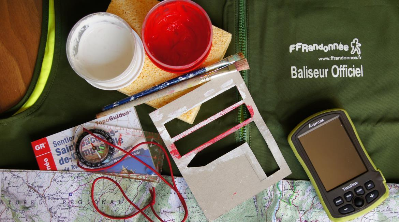 BALISAGE : Devenez  baliseur bénévole de la FFRandonnée !